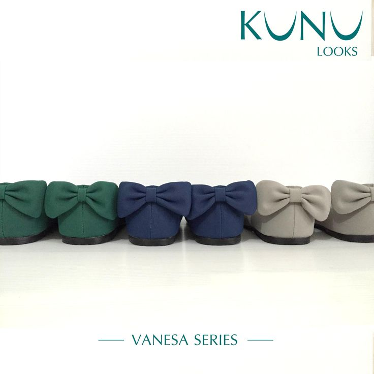 Vanesa Series Flat Shoes with bow detail on back Kunu Looks