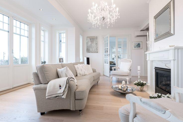 Peisestue/ living room i Ladegaard fra BoligPartner