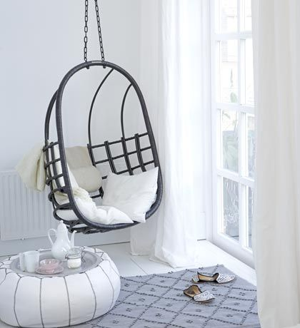 The Design Chaser: Interior Designer | Natasja Molenaar ❥ Hanging chair and pouf = perfection!