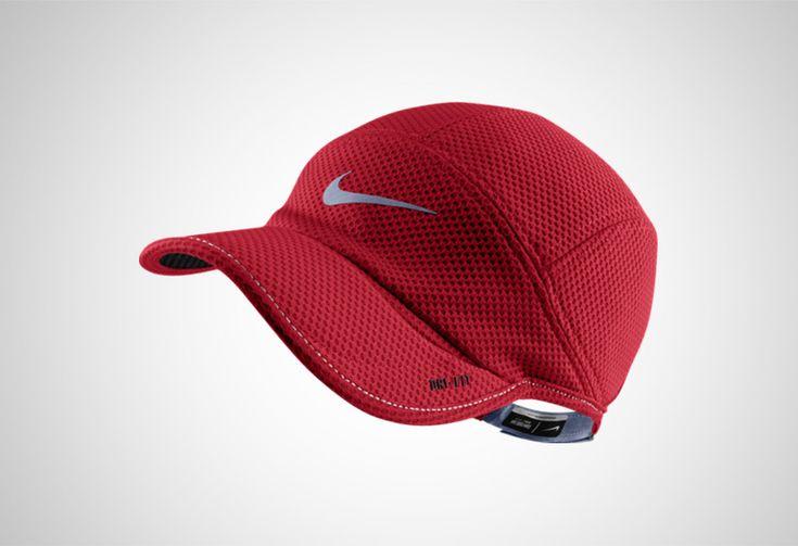 #Nike Mesh Daybreak Cap - unisexowa, przewiewna czapka. Polecana na letnie, upalne dni. Wykonana w całości z meshu, który chroni głowę przed przegrzaniem. Bogata paleta kolorów. #czapka #wiosnalato2015 #drifit #unisex