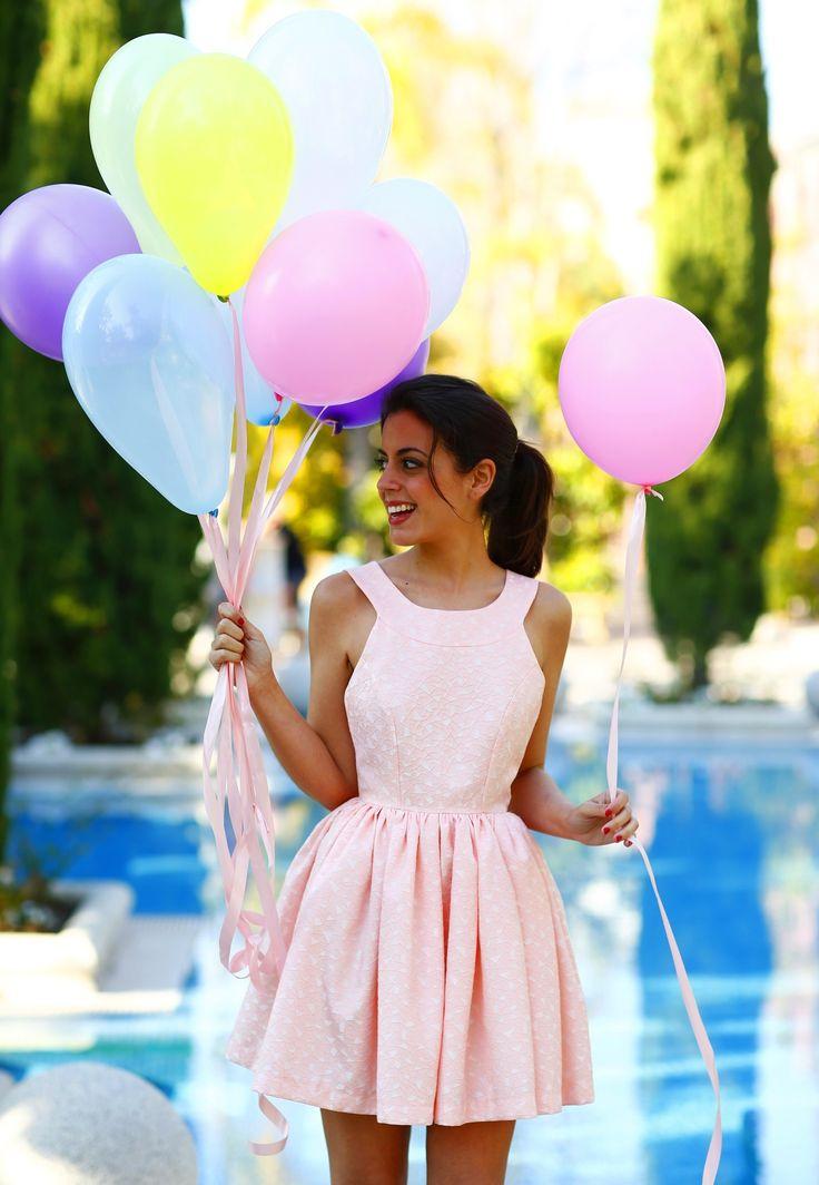 Simple y fresco, ideal para el verano y estar a la moda con un lindo vestido.