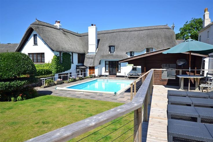 Fancy a dip?  The stunning Home Cottage, Thurlestone