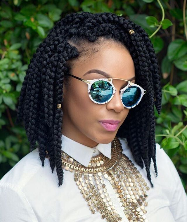 So beautiful and neat #boxbraids. Short box braids are so stylish!
