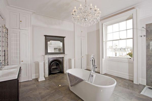 Regency town house bathroom.