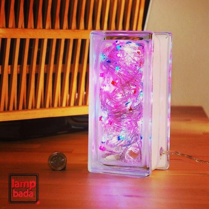 Odanız estetiğin ve yaratıcılığın ışığıyla aydınlansın!  Lampbada 'nın özel tasarım, el işçiliği cam masa gece lambası http://goo.gl/Ww1O22 linkinde!