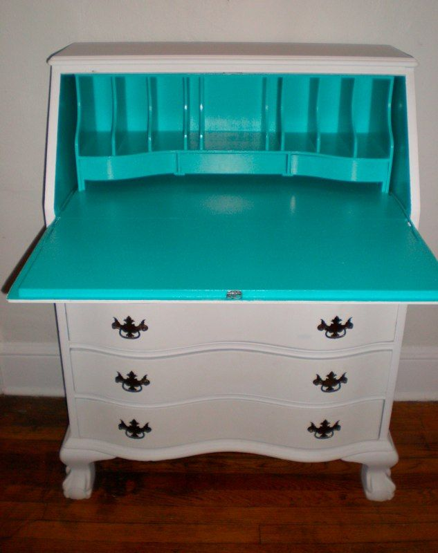 For Corie's Desk- Secretary Desk, I still need to paint mine.