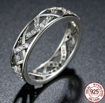 Be special: High Quality White Crystals, 100% 925 Sterling Sil...
