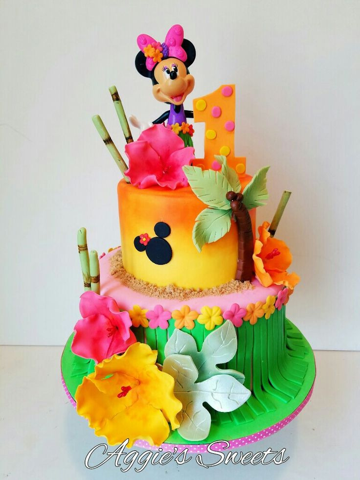 Minnie Mouse Luau cake
