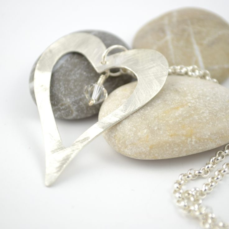 #jewelry, heart pendant With swarovski bead