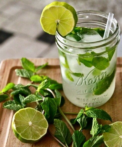 citrus, a splash of gin, & a touch of mint: Mojito Recipes, Ideas, Summer Drinks, Glasses, Than, Beverages, Mason Jars, Limes, Cocktails