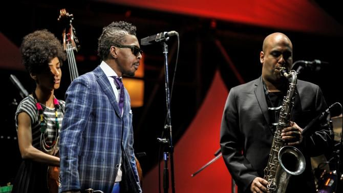 Esperanza Spalding, Roy Hargrove and Troy Roberts perform onstage ...