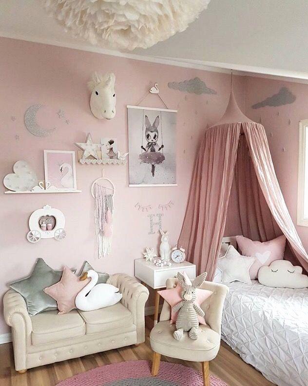 Pretty Little Girls Bedroom Beautiful A Girl S Room Is To Me Di 2020 Ide Kamar Tidur Dekorasi Anak