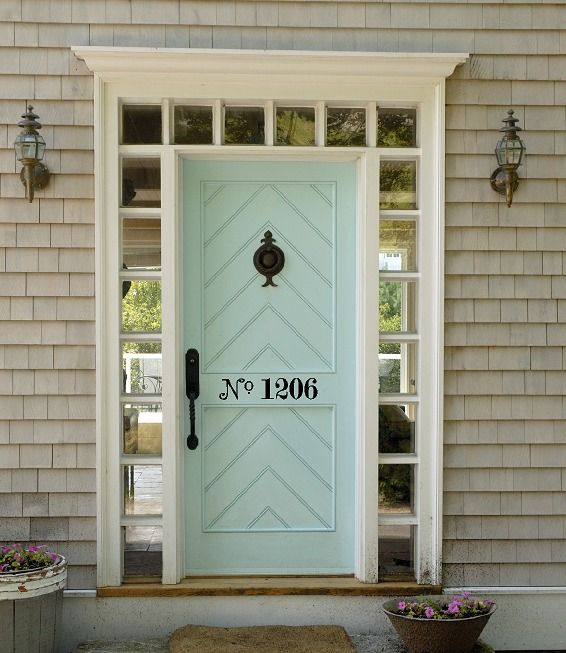Love the color of the front door.