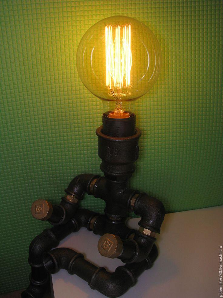 """Купить Лампа из водопроводных труб """"сидящий человечек"""" - серый, лофт, ручная работа, трубы"""