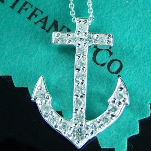 Tiffany & Co. Anchor necklace.: Anchors Necklaces, Tiffany Anchors, Http Www Tiffany Focus Com, Anchors Diamonds, Wish Lists, Needs This In My Life, Anchor Necklace, Diamond Necklaces, Diamonds Necklaces