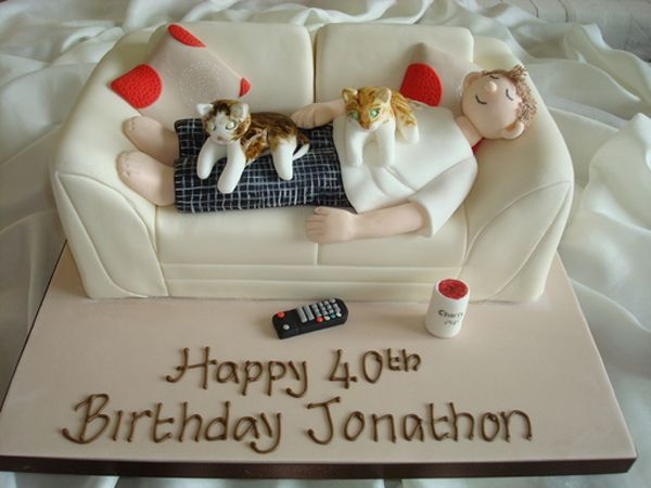 Sofa cakes aren't cakes specifically baked to be eaten on a sofa – as you can see, these are sofas made of cake, and we have some great images for you.