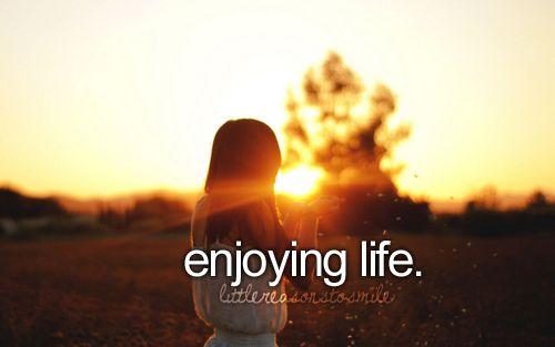 Things that make me smile...: Reasons To Smile, Life, Favorite Things, It S, Girly Things, Littlereasonstosmile ️, Beautiful Things, Photography, Justgirlythings ️
