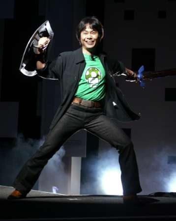 Shigeru Miyamoto near the end of the Nintendo E3 2004 media briefing, just after the incredible first Twilight Princess reveal.