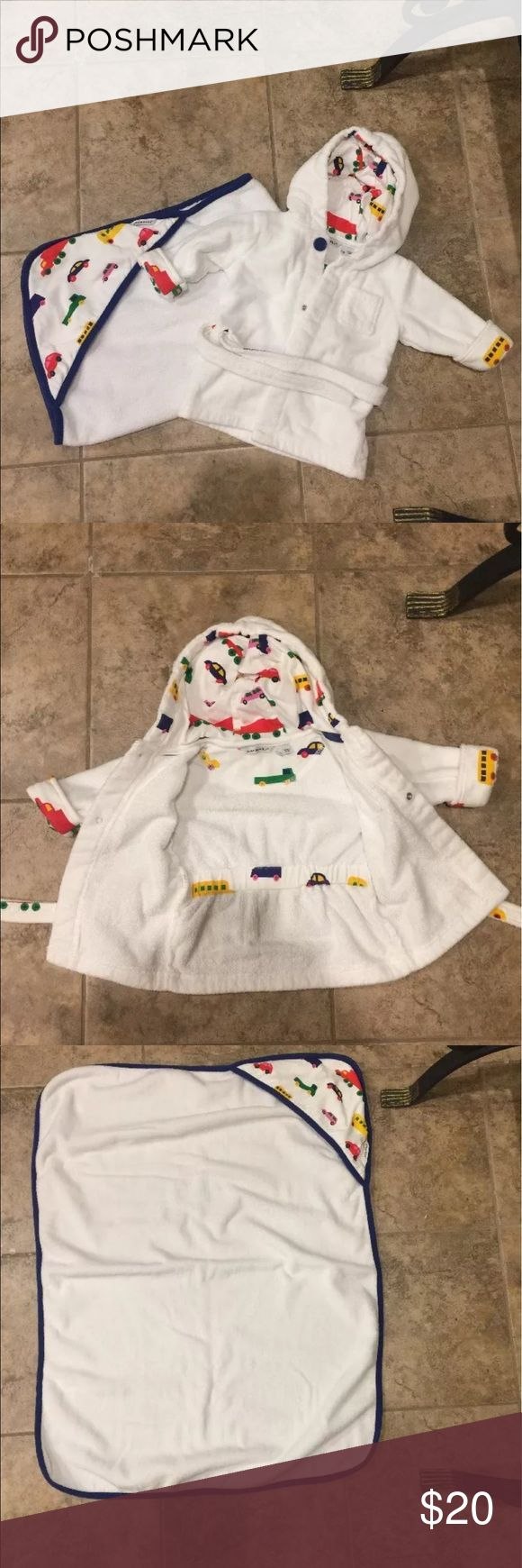 Marimekko Infant Boys Vehicle Hooded Towel & Robe Marimekko Infant Boys Vehicles Hooded Towel & Robe Excellent condition, no flaws or defects. Only washed but have never been used. Marimekko Other