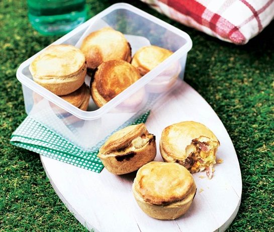 Mini pies filled with bacon and egg