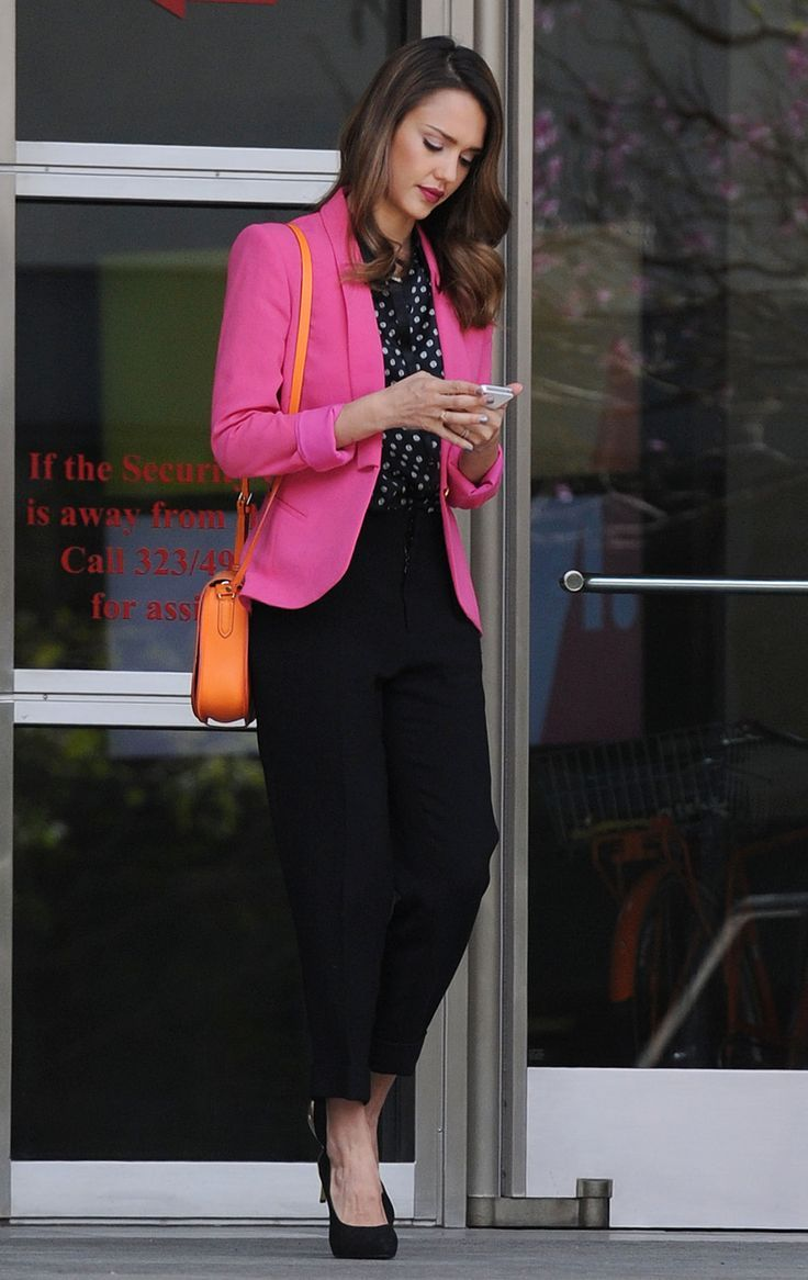 a273efa230fd jessica alba pink blazer and office style