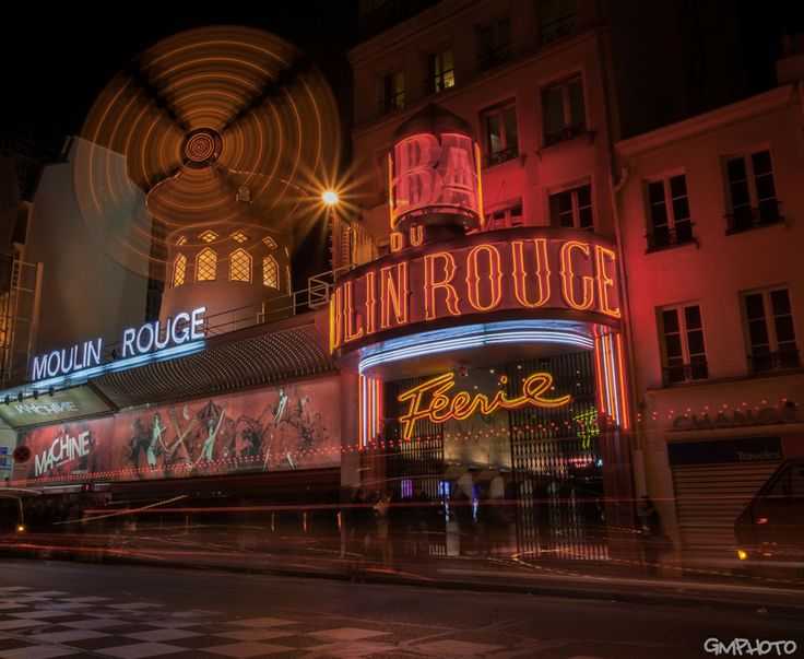Coming out from the Moulin Rouge by Gaetano Manitta on 500px