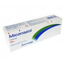 P.A: miconazol INDICACIONES: La crema de nitrato de MICONAZOL está indicada para aplicación tópica en el tratamiento de hongos y/o infecciones de la piel: Tiñea pedis (pie de atleta), Tinea cruris y Tinea corporis causada por Trichophyton rubrum, Trichophyton mentagrophytes y Epidermophyton floccosum, en el tratamiento de candidiasis cutánea (moniliasis) y en el tratamiento de Tinea versicolor.
