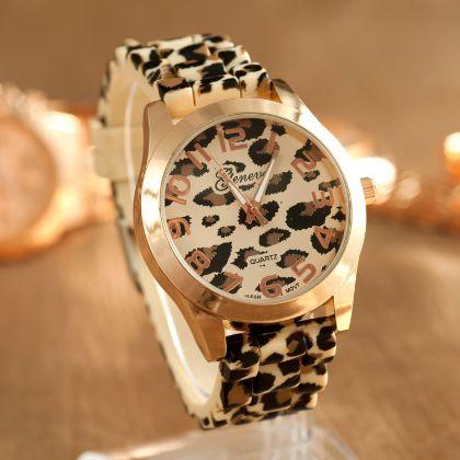 Woman's Casual Watch Leopard Gold $14.99USD