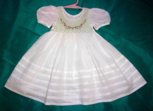 LOVELY-NEW-BONEKA-WHITE-SMOCKED-DRESS-FOR-30-HIMSTEDTS