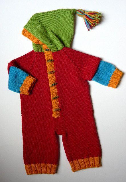 Derya Baykal örgü kapşonlu bebek tulum http://www.canimanne.com/derya-baykal-kapusonlu-bebek-tulum-anlatimi.html