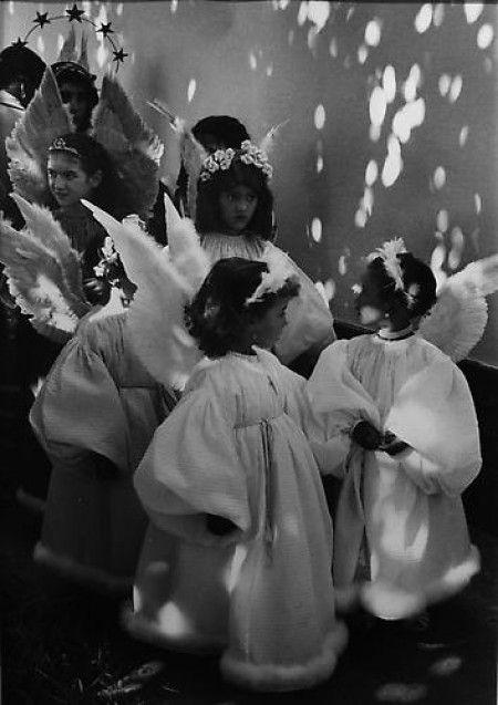 Edouard Boubat, Portugal_angels