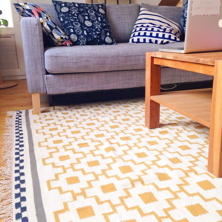 Un amour de tapis ikea scandinave patterns d co passionmotif jaune bl - Deco scandinave ikea ...