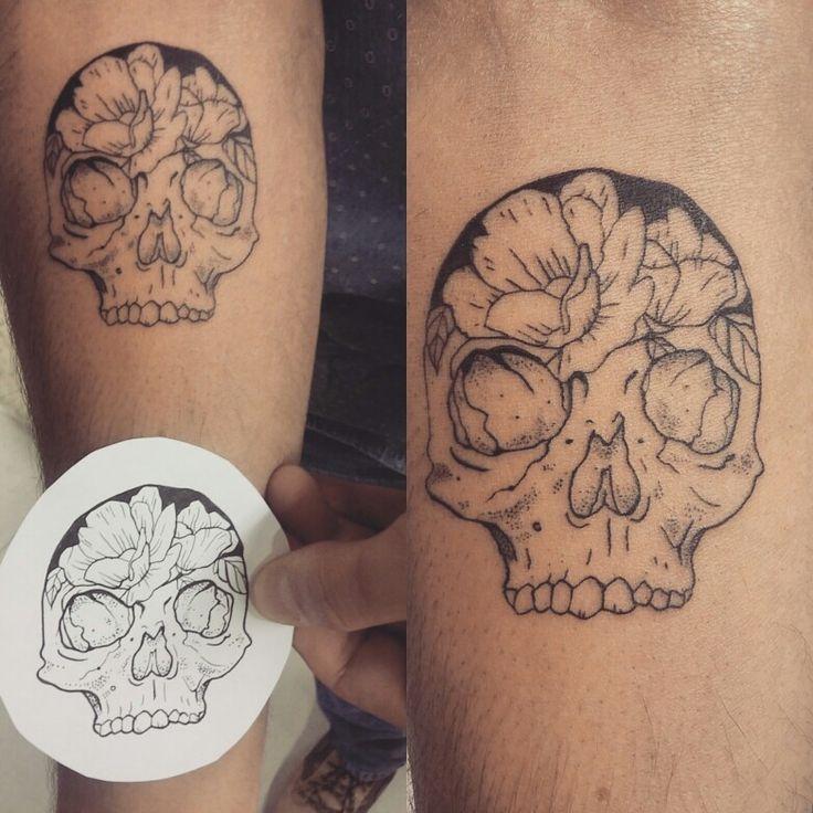 Little flash skull and flower. By Nëss Cerciello