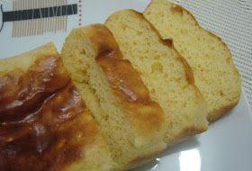Pão de forma falso: 4 Claras de ovo 2 Gemas de ovo 12 Colheres de sopa de Leite em pó desnatado 3 Colheres de sopa de PIS (proteína isolada de soja) 2 Colheres de sopa de Fermento em pó Essência de manteiga ou queijo a vontade  1 Pitada (s) de Sal