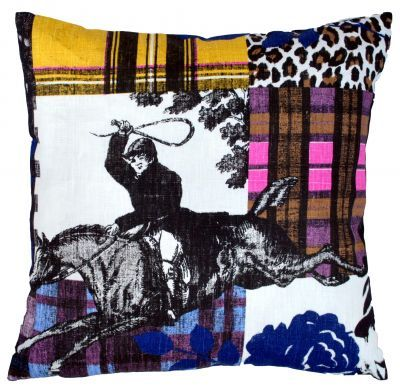 Mairo Sir Harald cushion cover. Designed by Lisa Bengtsson.