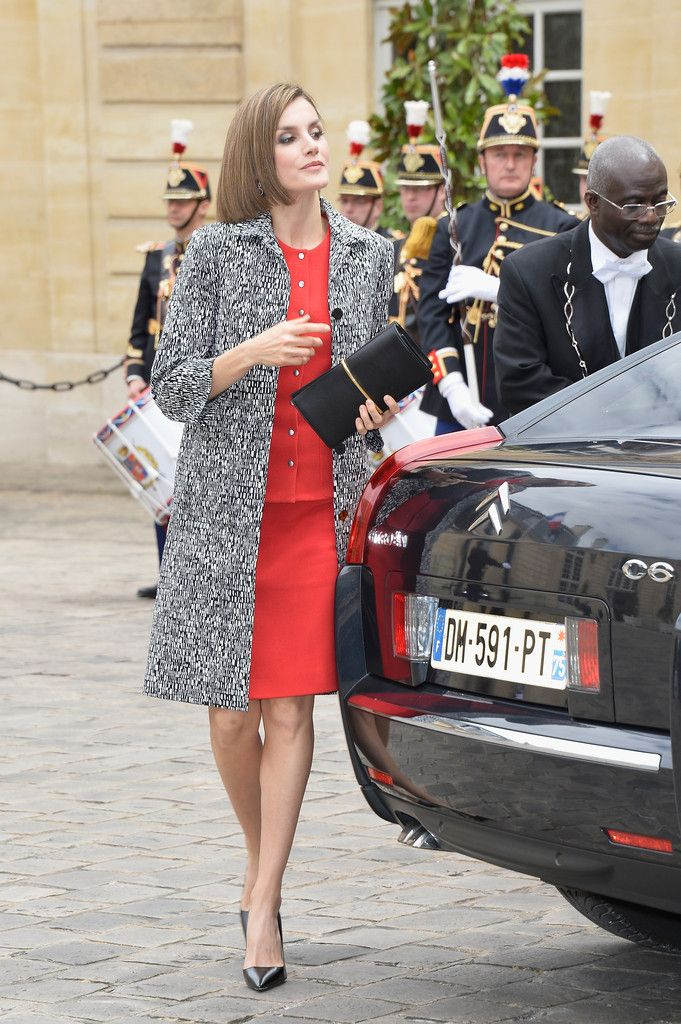 Queen Letizia of Spain attends a lunch hosted by French Prime Minister at the Hotel Matignon on June 3, 2015 in Paris, France.