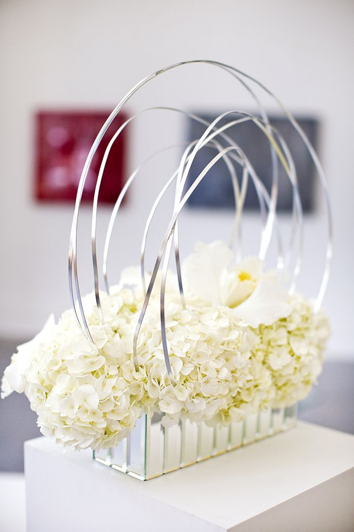 architectural floral arrangement | Breathtaking Modern White Art Museum Inspiration Session | Images by Djamel Photography