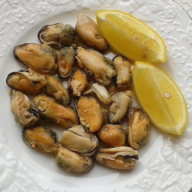 1,498 отметок «Нравится», 59 комментариев — ПП Еда Зож 🍴 Food 🍰 (@dianka_food) в Instagram: «Не знаю, как готовят и с чем едят этих друзей😂 я просто полила лимонным соком...на любителя я вам…»