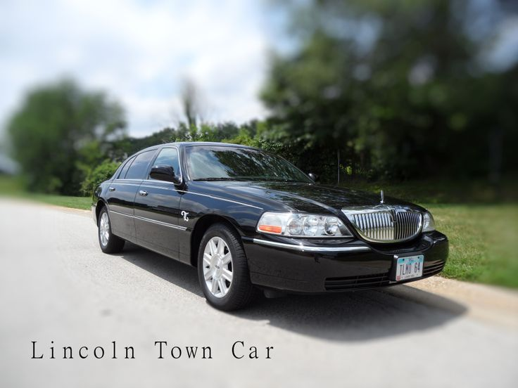 lincoln town car sedan luxury cars pinterest. Black Bedroom Furniture Sets. Home Design Ideas