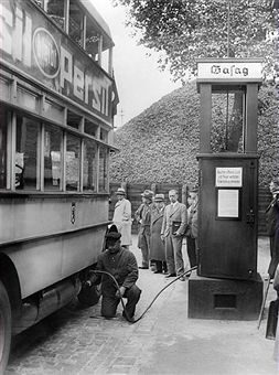 Germany, Berlin: Bus at a gas filling station. This bus was operated by gas. 1930s.