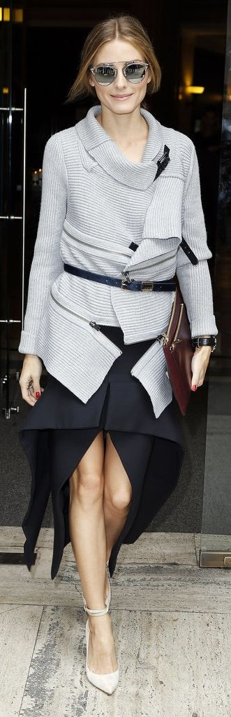 #OliviaPalermo street style. Beautiful round metal #sunglasses with flash coated #lenses.
