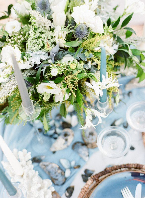 beach wedding centerpiece idea greenery centerpiece with white rh pinterest com
