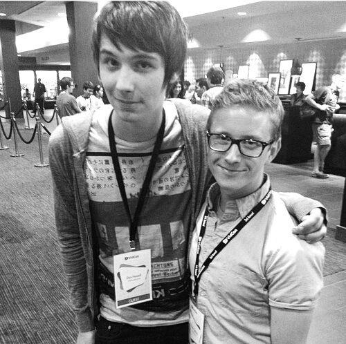 Danisnotonfire and Tyler Oakley. Youtubers. Tyler looks so short here<<<< v tol bean<<<dan looks like a very tall five year old