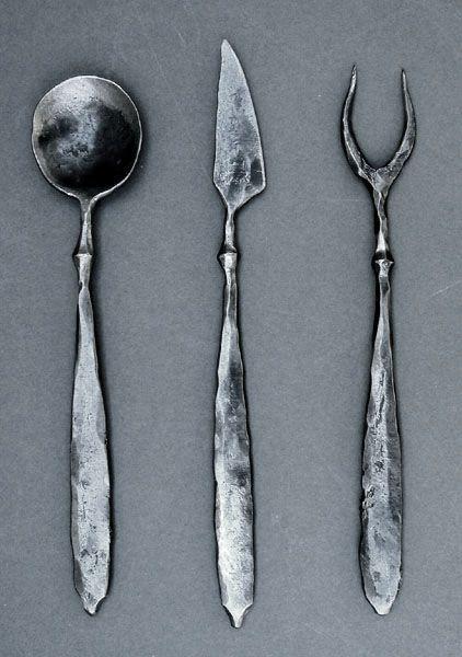 sgs93_iron_cutlery.jpg (422×600)