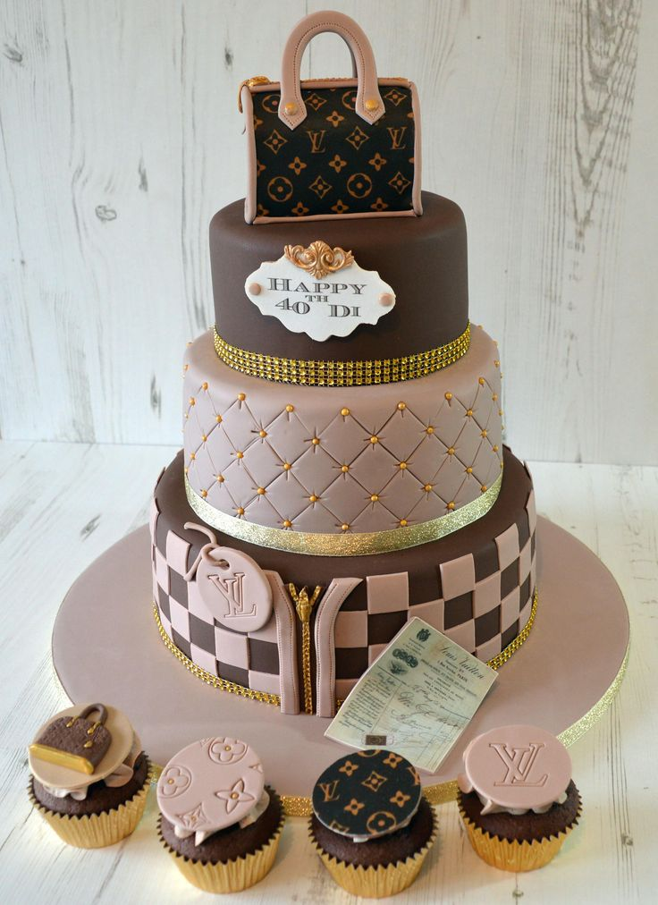 Louis Vuitton Speedy Bag Cake With Matching Louis Vuitton