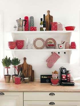 Las baldas y las barras resultan dos buenas opciones para ordenar y decorar la cocina. ¡Y además son... - Copyright © 2014 Hearst Magazines, S.L.