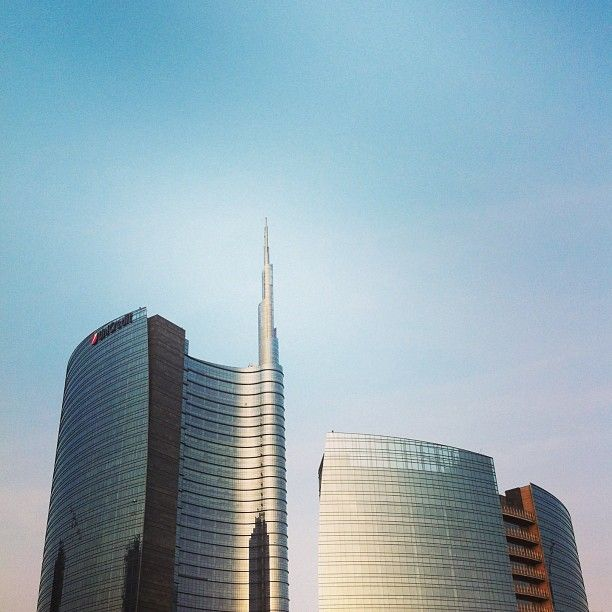 #4real #igersmilano (presso UniCredit Tower)