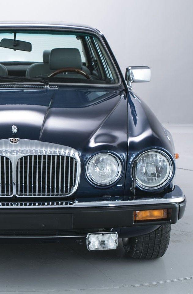 Daimler-Double-Six-Series-3-5.3-Left-hand-drive-19 by porqueyosoyfederic.deviantart.com on @DeviantArt
