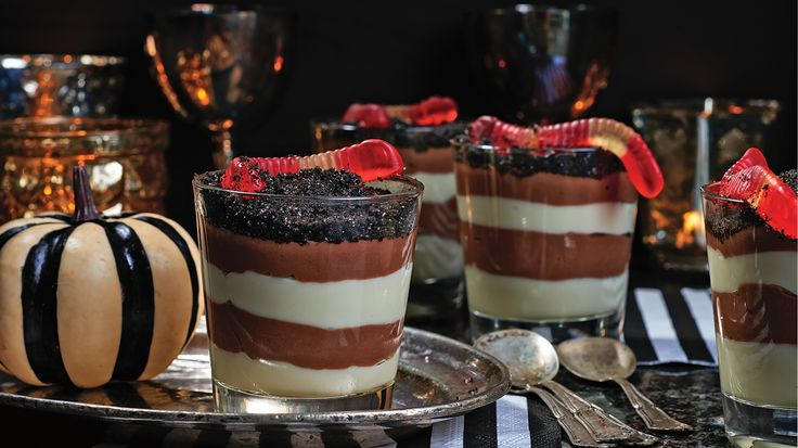 """Striped Pudding Parfait with """"Dirt"""" Topping"""