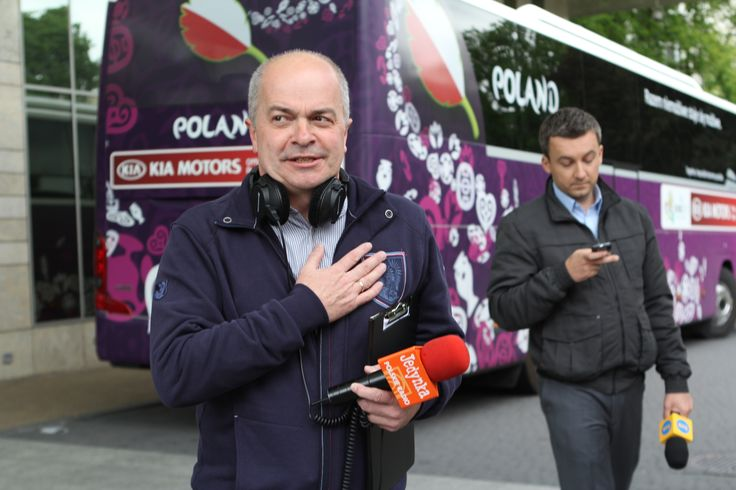 Tomasz Zimoch www.polskieradio.pl   Youtube  www.youtube.com/user/polskieradiopl  FB  www.facebook.com/polskieradiopl?ref=hl